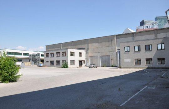 ONLINE Werbung für Betriebsareal Schindler :: Gewerbe Immobilie ::Vermarktung CBRE